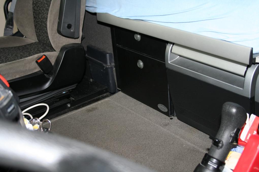 daf 105 super space cab und space cab extra shubladen. Black Bedroom Furniture Sets. Home Design Ideas