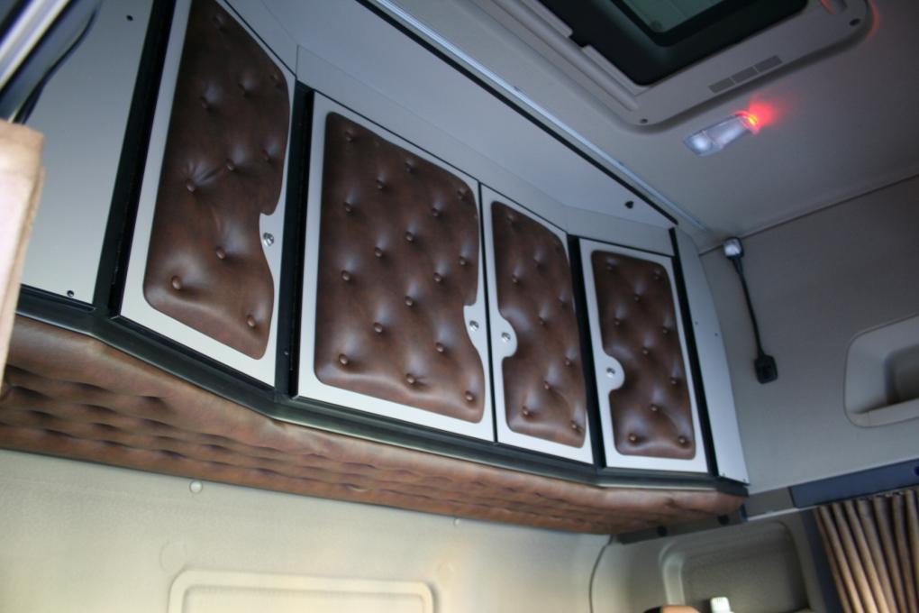 ben 39 s kabinem bel holland. Black Bedroom Furniture Sets. Home Design Ideas