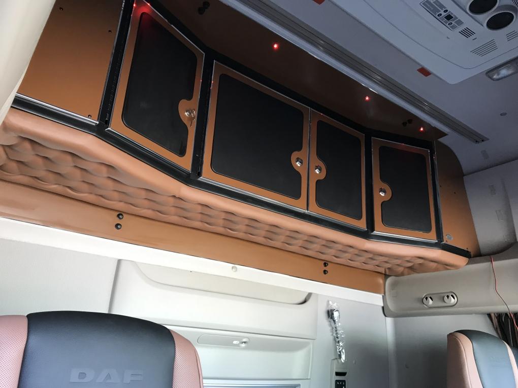 daf 106 and 105 super spacecab cupboard rear. Black Bedroom Furniture Sets. Home Design Ideas