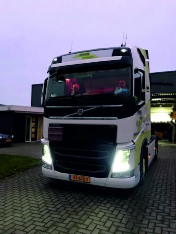 Volvo FH 04 Globe Smink