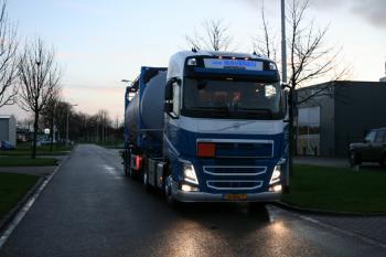 Volvo FH 04 Globe van Waveren