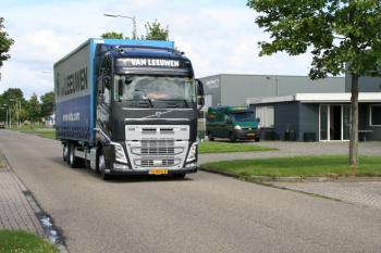 Volvo FH 04 Goethals -  van Leeuwen