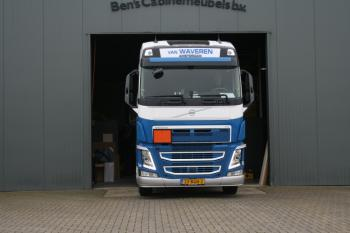 Volvo FH 04 van Waveren 2