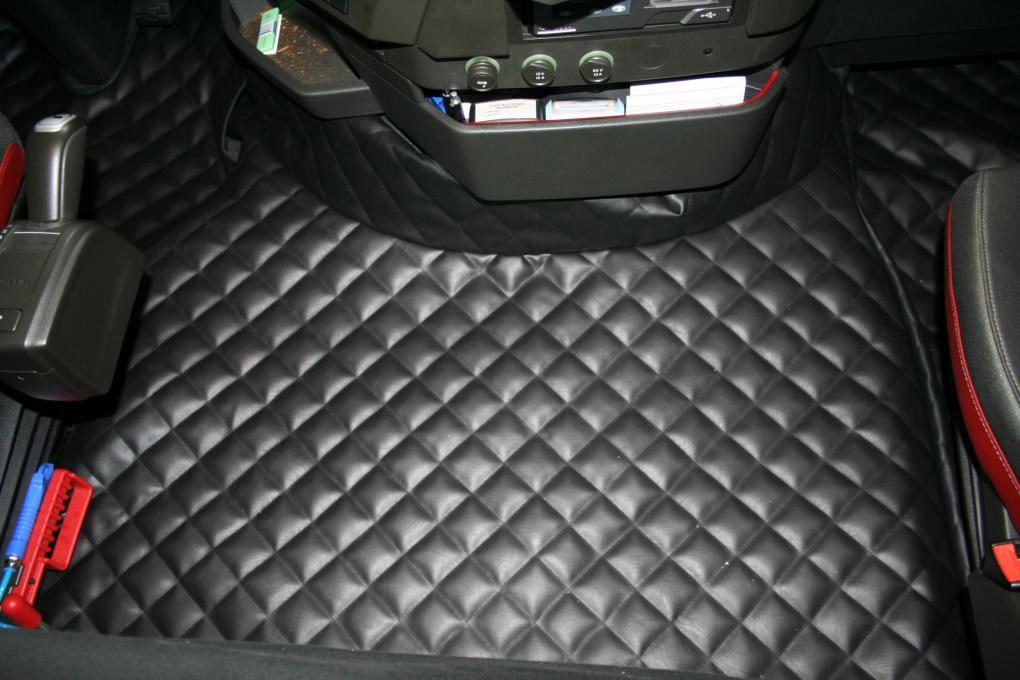 Motortunnel hoezen for Auto interieur reinigen zelf