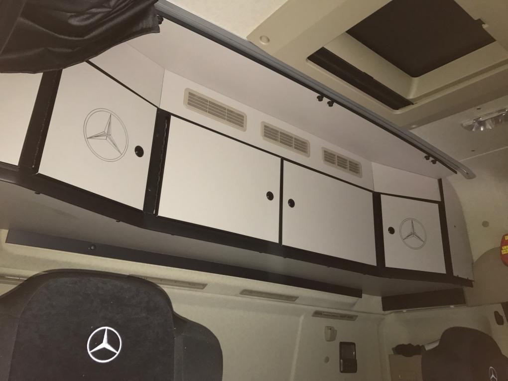 Mb Bic En Streamspace Airco Af Fabriek Kast Achter